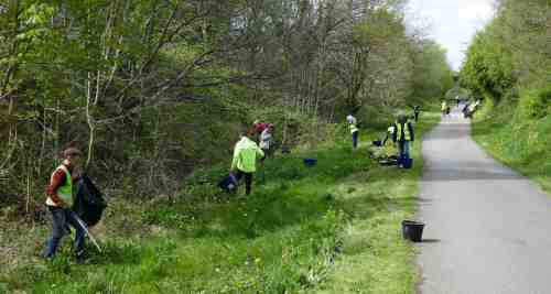 Volunteers litter-picking